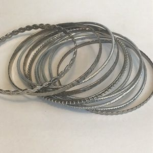 ❤️ 3 for $15 Stack of 10 Silver Tone Bangles